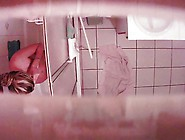 Hidden Cam - Compil Teen In Bathroom