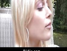 Дрёт молодую красивую сучку видео фото 18-460