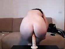 Deux Lesbiennes Aux Gros Seins Font Une Webcam