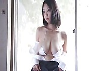 Big Soft Boobs Asian Model Posing Down The Street - Cams444. Com