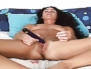 Fit Naked Mom Flicking Her Bean In Bed