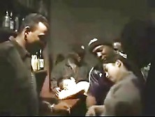 Negros Aproveitando Inocentes