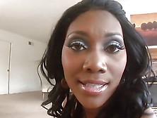 Nyomi Banxxx - Black Babe