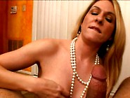 Angela Milf Oral-Service-Job