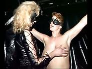 Lesbe Domina Mit Ihrer Sklavin