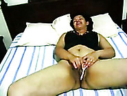Spoiled Amateur Wife Stretched Her Disgusting Pussy Lips On Came