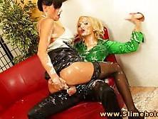 lesbiyanki-porno-video-bdsm