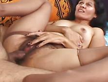 volosataya-pizda-v-kolgotkah-porno