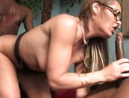 Kelly Leigh Group-Sex With 2 Darksome Men Onto Bed