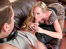 Cougar Puts Her Warm Lips And Her Shaved Cunt To A Good Use