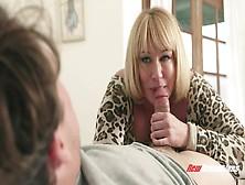 Chubby Mature Mellanie Monroe Sucking Cock And Fucking