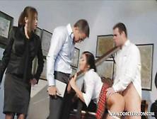 порно групповое русский институт