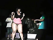 Fat Ebony Girl Gives A Twerking Show On A Club's Stage