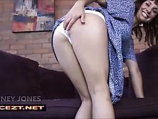 Mommy´s Wet Spot (Joi) - Janey Jones