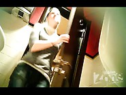 Peeping In The Toilet 1661 Free Hidden Cam Porn