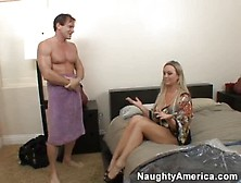 Abbey Brooks Housewife Busty Chick Cumshot
