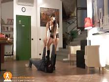 Debby Elegant Selfdefense1