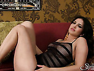 Curvaceous Babe Sunny Leone Posing In Sexy Transparent Outfit