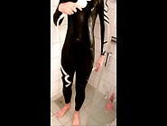 (On Request) Orca Wetsuit In Shower 2