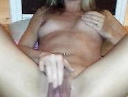 Milf Loves To Touch Herself