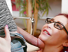 Monique Alexander Has Her Pussy Eaten By A Horny Fellow