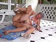 Im Urlaub Will Oma Einen Schwanz