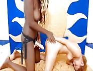 Lesbiana Negra De Colombia Follando Muy Duro Su Novia Blanca
