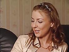 L`edukatrice - Video Porno Italiano Completo