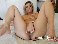 Milf Alana Luv Plays With Her Warm Pussy