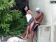 Sexo Gostosinho Com Puta Novinha Na Beira Do Muro