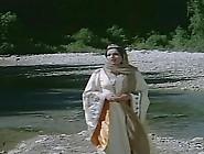 Samira Toufik In 'bento Aantar' Movie