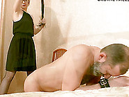 Blonde With Short Hair In Glasses Face Siting Her Slave In Femdo