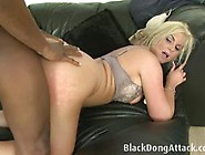 Phoenix Marie Gets Her Pussy Crammed With Hard Cock