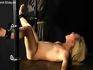 Dr Lomp World - Casual Love Tunnel Whipping