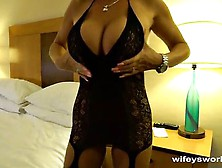 Wifey Gets Licked And Banged