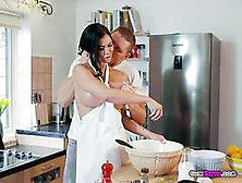 Slutty Chef Jasmine Jae Blows Her Hung Student
