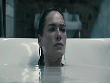 Lena Headey, Elle Crocker, Michelle Duncan In The Broken (2008)