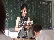 Studente Ricatta Sessualmente La Sua Prof Di Liceo Sora Aoi