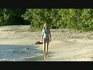 Felicity Jade Masturbates On The Beach