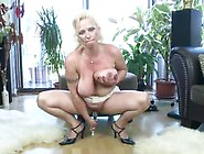 Super Hot Mature Mom With Perfect Tits-Voayercams. Com