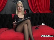 Naughty Cam Girl With A Fetish
