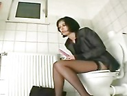 Hidden Cam In Toilets Vr88