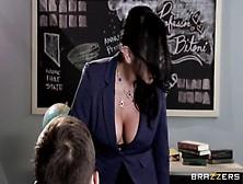 Big Tits Audrey Bitoni