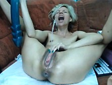 Huge Dildo Squirt That Is Huge