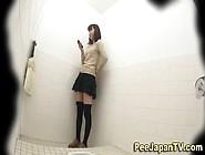 合式洗面所 美女Asian Toilet Voyeur
