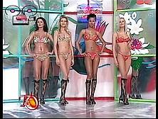 Fashion Show - Transparent Top. Mp4