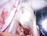 Loira Princesa Metendo De Ladinho