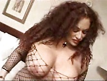 Gina de palma keeps a nigga in the closet - 2 3