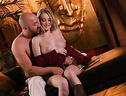 Rising To Babes. Com,  The Smut And Voluptuous Stacie Jaxxx Aims T