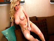 Nasty Girl Georgie Lya Stretches Her Pussy Lips Showing Her Pink
